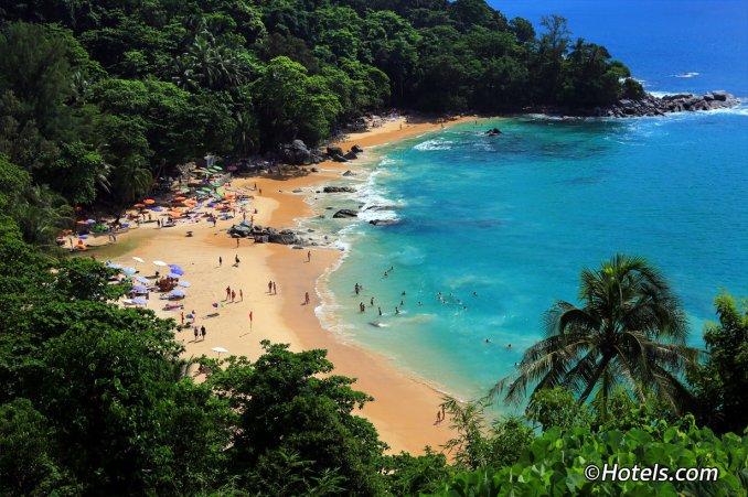 شاطئ ليم سينغ بوكيت - Laem Singh Beach