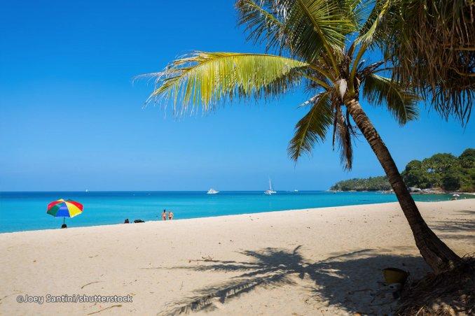شاطئ سورين بيتش شمال بوكيت -Surin Beach
