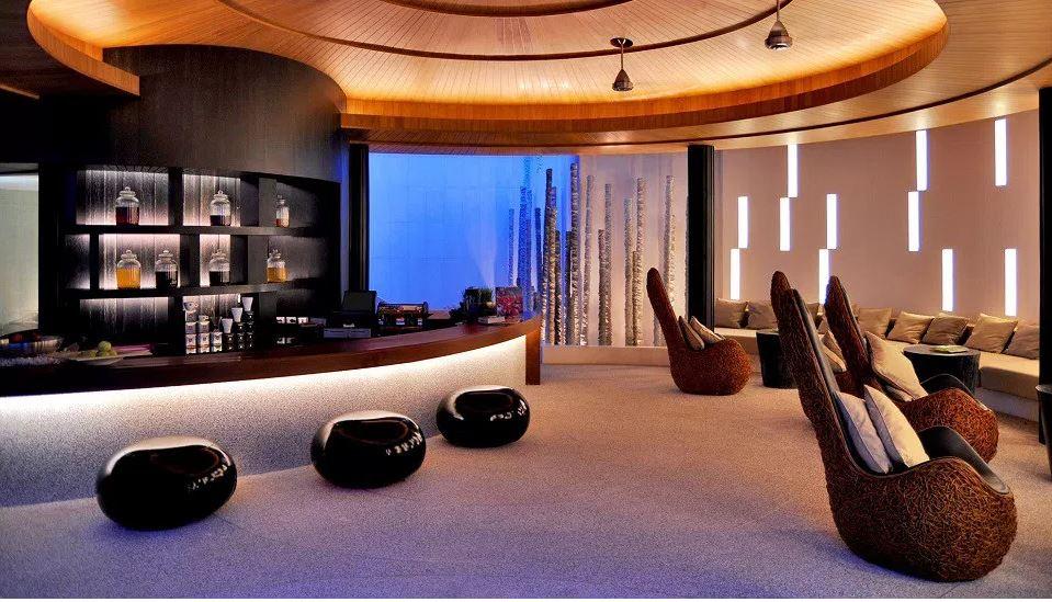 منتجع أواي العلاجي (سبا)- بفندق دبليو ريتريت