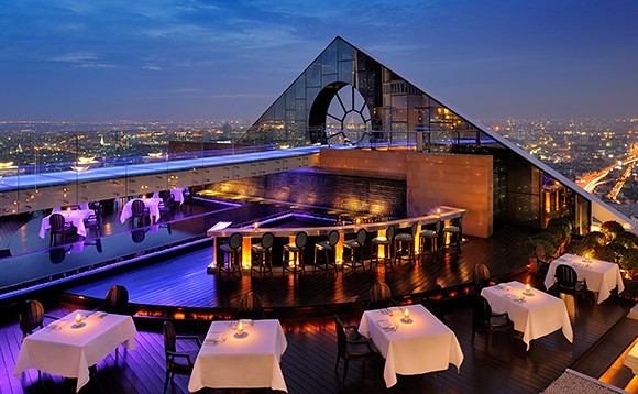 مطعم بريز بانكوك Breeze Restaurant