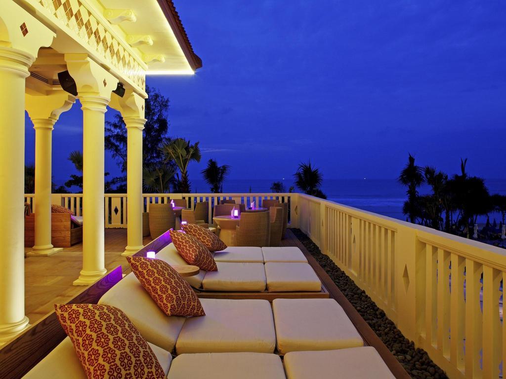 منتجع سنتارا غراند بيتش بوكيت cenatra beach resort