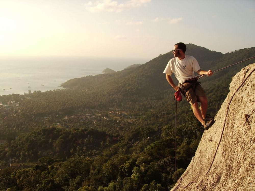 تسلق الصخور في جزيرة كوه تاو