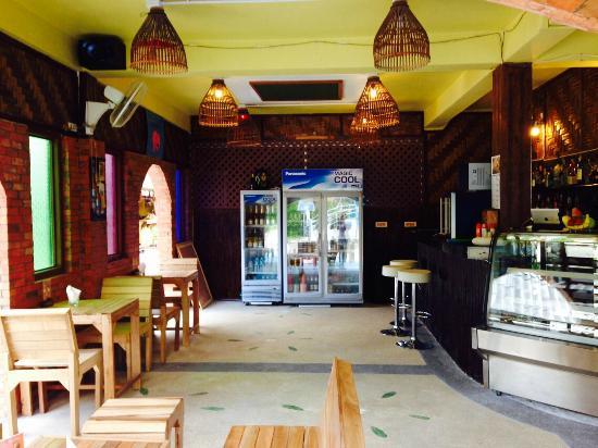 مقهى وإستراحة أروي كافين - جزيرة كوه بي بي -